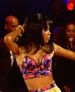 michelle williams strictly come dancing week 1 cha cha cha bra top
