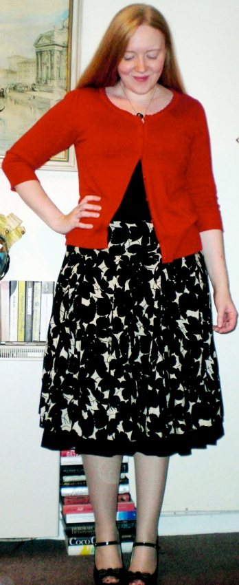 caroline, second hand shopper, dorothy perkins red cardigan, floral skirt,